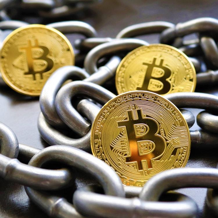 https://kpiteng.com/assets/blogs/fintech/cryptocurrency.jpg