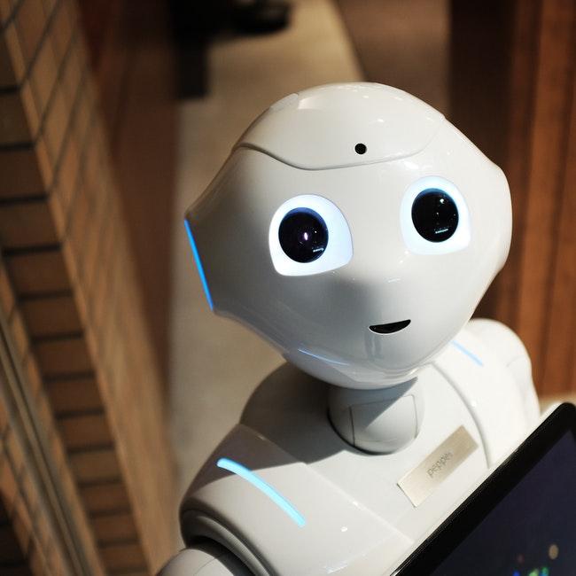 https://kpiteng.com/assets/blogs/robotics&machine-intelligence/robotics.jpg